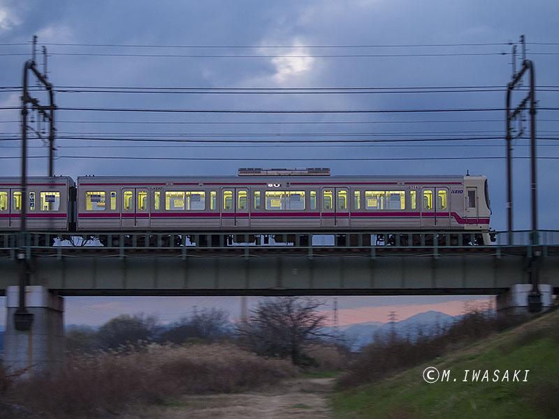 800jinjyaiwasaki_c280425