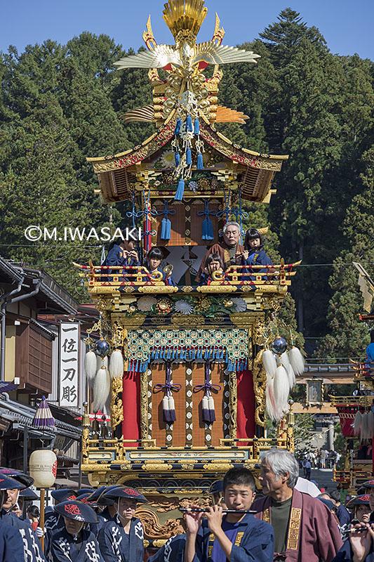 800takayamamaturiiwasaki_img_4778